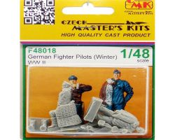 CMK F48018 German Fighter Pilots (Winter) WW II 1:48